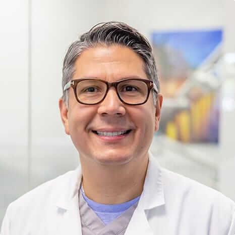 Dr. Mario Iraheta