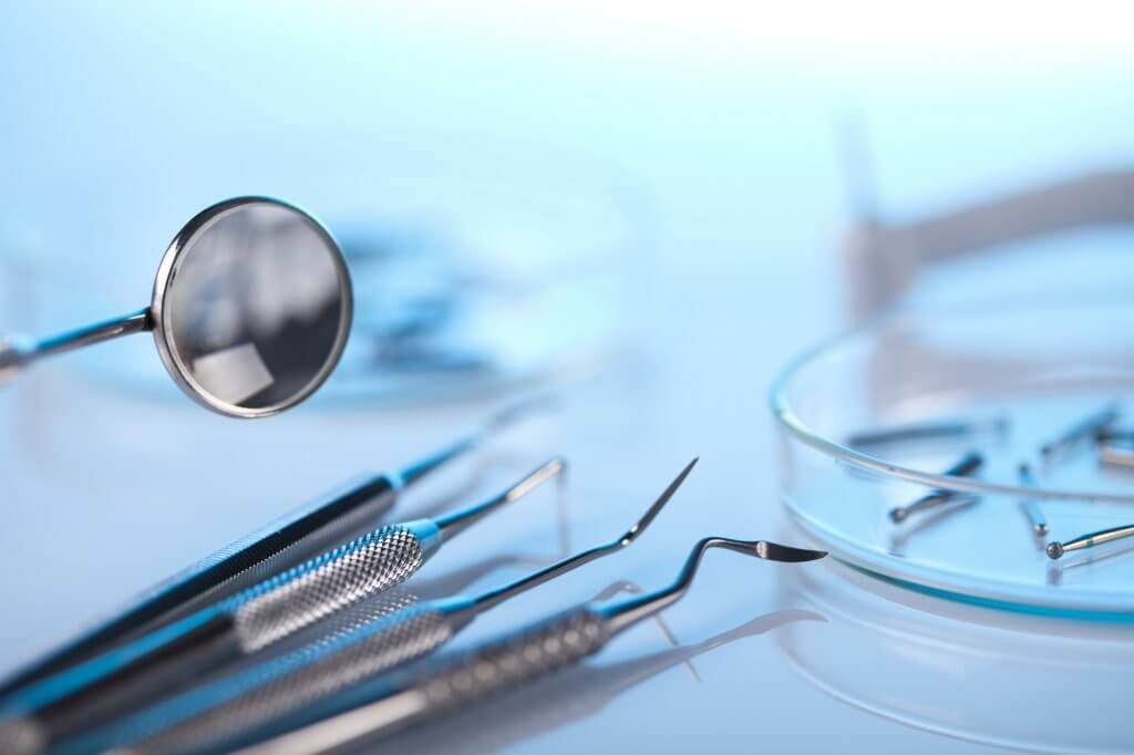 what is a periodontist north miami?