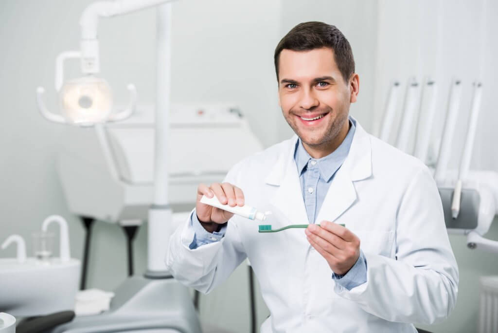 who is the best periodontist north miami?