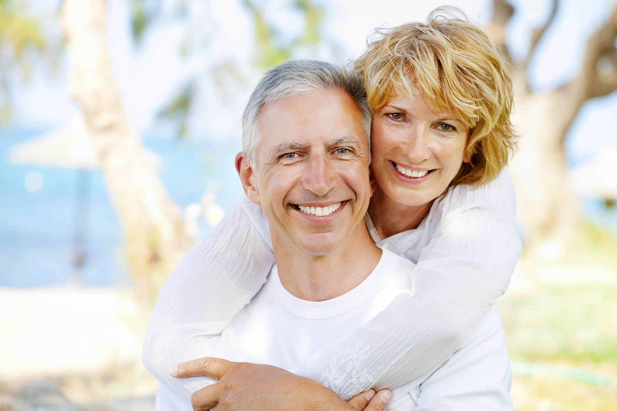 where can i get the best dentures in north miami?
